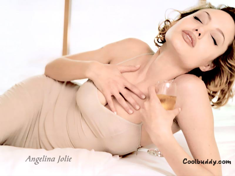 angelina jolie wallpaper. Gretoville Top 10 List