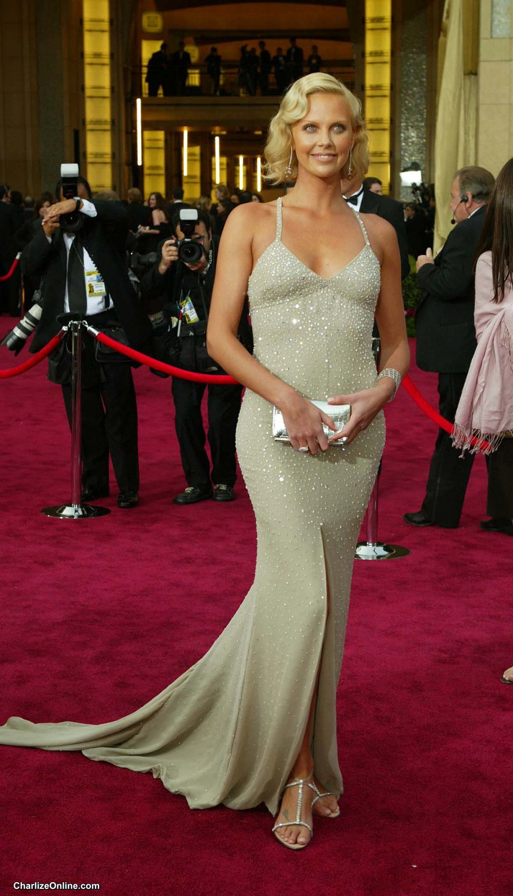 Gallery For > Charlize Theron Weight Charlize Theron Weight
